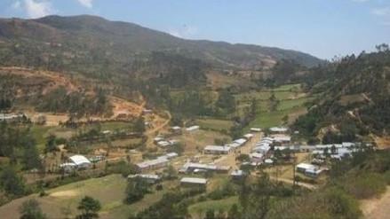 Lambayeque: lluvia con vientos huracanados afectan casas en Salas