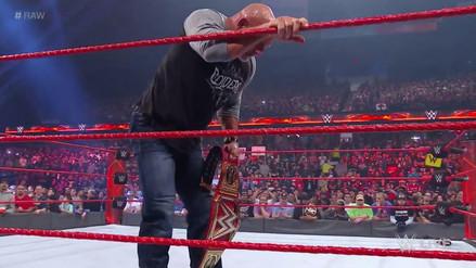 Brock Lesnar le aplicó un F5 a Goldberg en su primer día como campeón