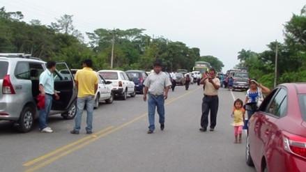 Carretera Belaunde Terry permanece bloqueada por segundo día