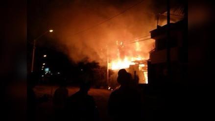 Incendio en Mocupe - Lagunas tras descarga eléctrica arrasó con una vivienda