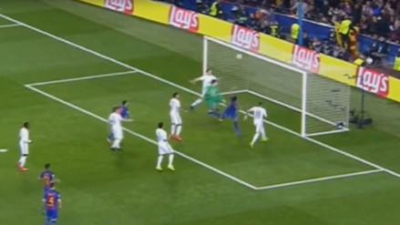Luis Suárez anotó el primer gol del Barcelona ante PSG en el Camp Nou