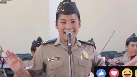 Facebook: mujer policía cantó 'Qué bonito' y conquistó las redes