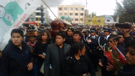David Mamani recibió homenajes y fue enterrado en cementerio de Juliaca