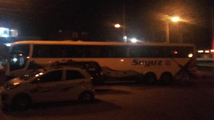Pisco: desconocidos asaltan bus en la Panamericana Sur