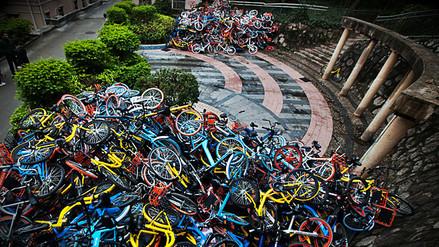 Las bicicletas de alquiler, un dilema para las grandes urbes chinas