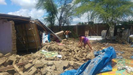 Cien casas colapsaron por fuertes lluvias en el distrito de Castilla