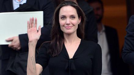 Fotos   Angelina Jolie debutó como profesora universitaria