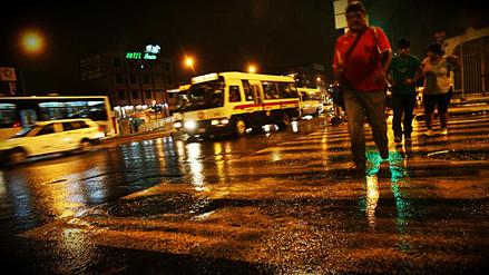 Así fue la persistente lluvia que cayó sobre Lima durante la noche