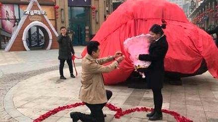 Un chino regala un 'meteorito' a su novia para pedir su mano