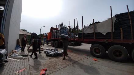 Llegan carpas para damnificados por desborde de ríos La Leche y Motupe