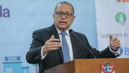 Ministro Tamayo pide a peruanos ahorrar energía eléctrica