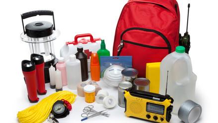 ¿Qué debe contener una mochila de emergencia?