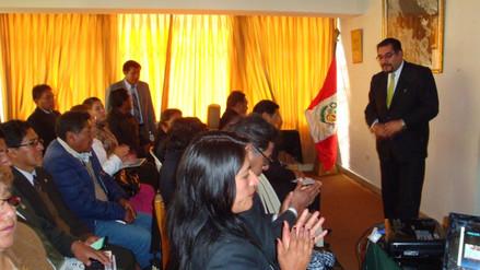 Firman pacto regional para reducir la desnutrición y anemia infantil en Puno