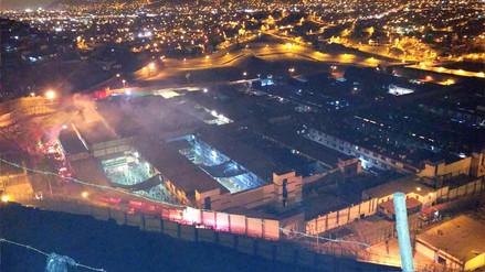 Al menos dos muertos dejó un incendio dentro del Penal de Lurigancho