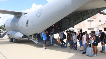 Estos son los vuelos que ofrece la Fuerza Aérea en las zonas de emergencia