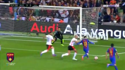 Lionel Messi sorprendió con un derechazo a Diego Alves en el Camp Nou