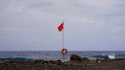 Lambayeque: Advertencia ante oleajes anómalos cierran puertos y caletas