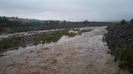 Río Socabaya incrementó su caudal ante intensas lluvias
