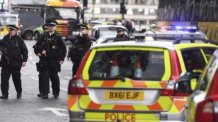 Londres se mantiene en alerta máxima luego del violento atentado