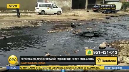 Colapsó el desagüe e inundó una zona de Huachipa