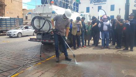 Con sistema de alta presión limpiarán principales calles de Cusco