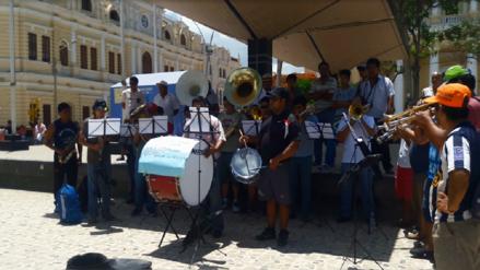 Chiclayo: orquesta recolecta dinero para damnificados por lluvias