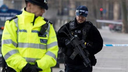 El terrorista de Londres era británico y tenía vínculos con la violencia extrema
