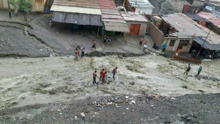 Huaicos afectan a poblado de Puerto Rico en Sechura