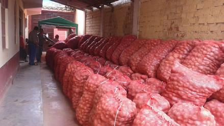 Agricultores donaron 12 toneladas de papa a damnificados por huaicos