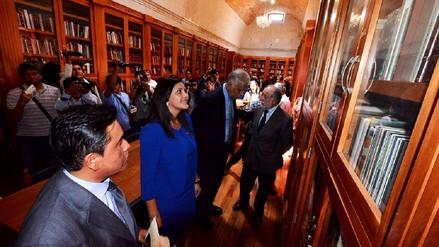 Cinco mil libros de Mario Vargas Llosa se distribuirán a escolares en Arequipa