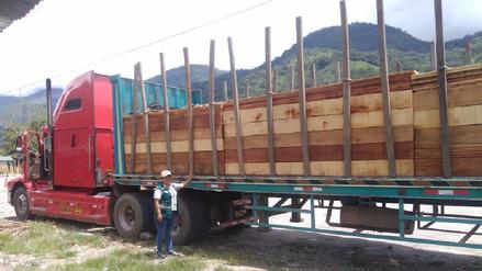 Serfor Junín incauta más de 14 mil pies tablares sin documentación