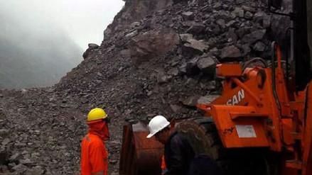 Derrumbe dejó un muerto en la vía Caraz - Huallanca