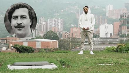 Rapero Wiz Khalifa es criticado por llevar flores a la tumba de Pablo Escobar