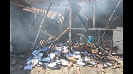 Chimbote: incendio arrasa con un centenar de textos escolares