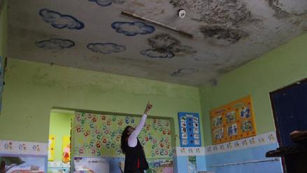 Arequipa: advierten riesgos en dos colegios por filtraciones