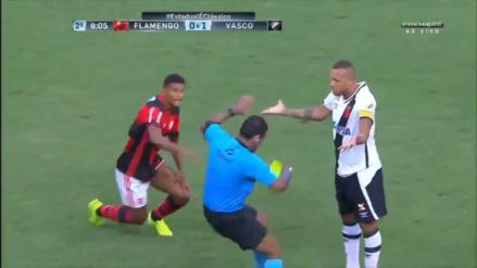 Árbitro exageró una supuesta agresión de Luis Fabiano y lo expulsó