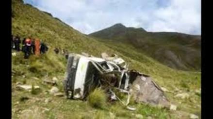 Pallasca: un muerto y dos heridos tras caída de camión a abismo