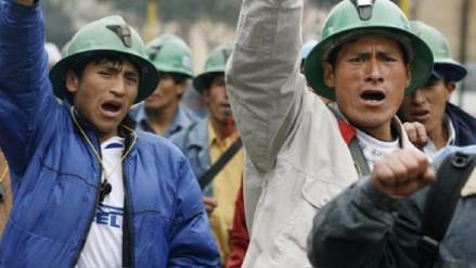 Levantan huelga en minera Cerro Verde en Arequipa