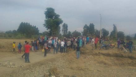 Virú: puente La Alameda continúa bloqueado por pobladores