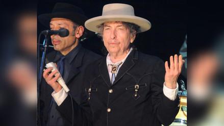 Bob Dylan recogió el Nobel de Literatura