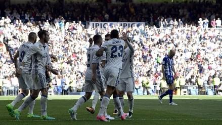 Real Madrid goleó al Alavés y se mantiene en lo alto de la Liga Santander