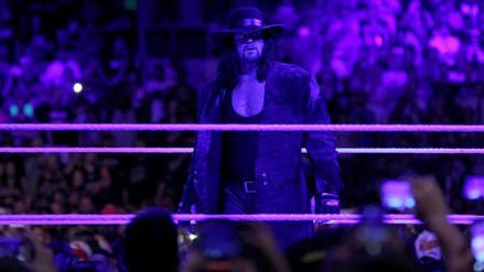 Traje del Undertaker se quedó en el ring de WrestleMania en señal de respeto