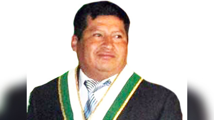 Huancayo: regidor donó su dieta para damnificados de norte