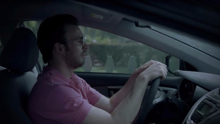Video | Chris Evans es protagonista del tráiler Dennis