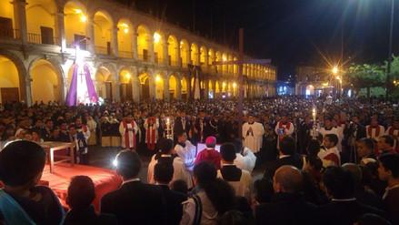 Semana Santa se inicia con Vía Crucis por la Familia en Arequipa