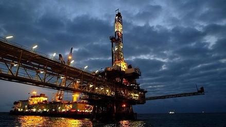 Precios del petróleo se disparan en Asia tras ataque de EE.UU. en Siria