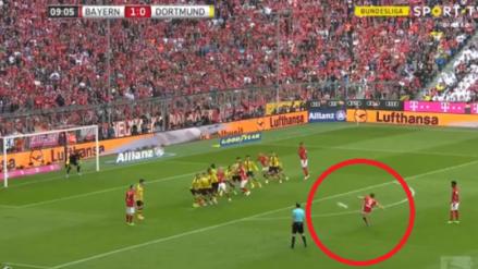 Robert Lewandowski marcó un golazo de tiro libre al Borussia Dortmund