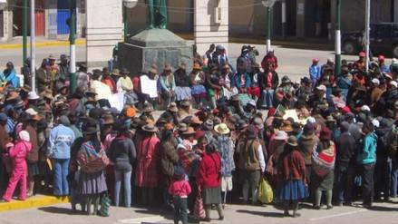 Carabaya: ronderos protestan contra regidores que no participaron en paro
