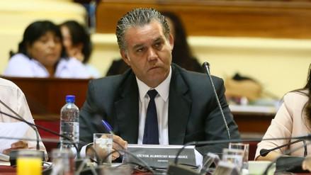 Víctor Albrecht renunció a la Presidencia de la Comisión Lava Jato