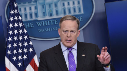 "Spicer sobre Al Asad: ""Ni Hitler cayó tan bajo como para usar armas químicas"""